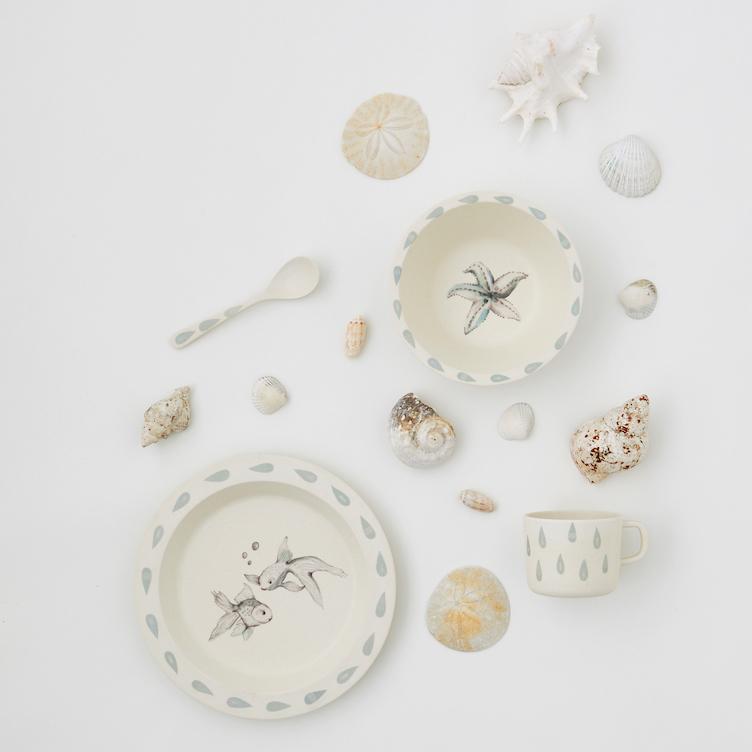 cam cam copenhagen-geschirrset-kindergeschirr-meeresprint-fische-seestern-essen-essenmitkindern